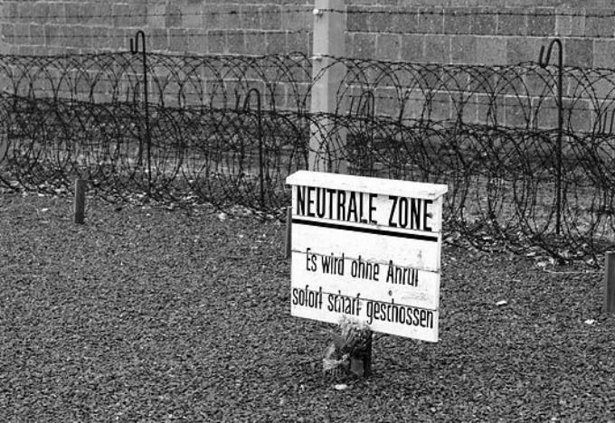 640px-KZ_Sachsenhausen_-_neutrale_Zone